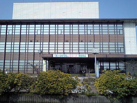 480px-Ishikawaken_menkyocenter